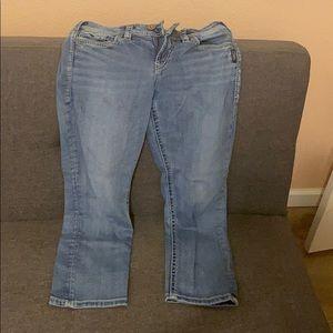 Silver Jeans Company Capris ......Size 29X22 1/2